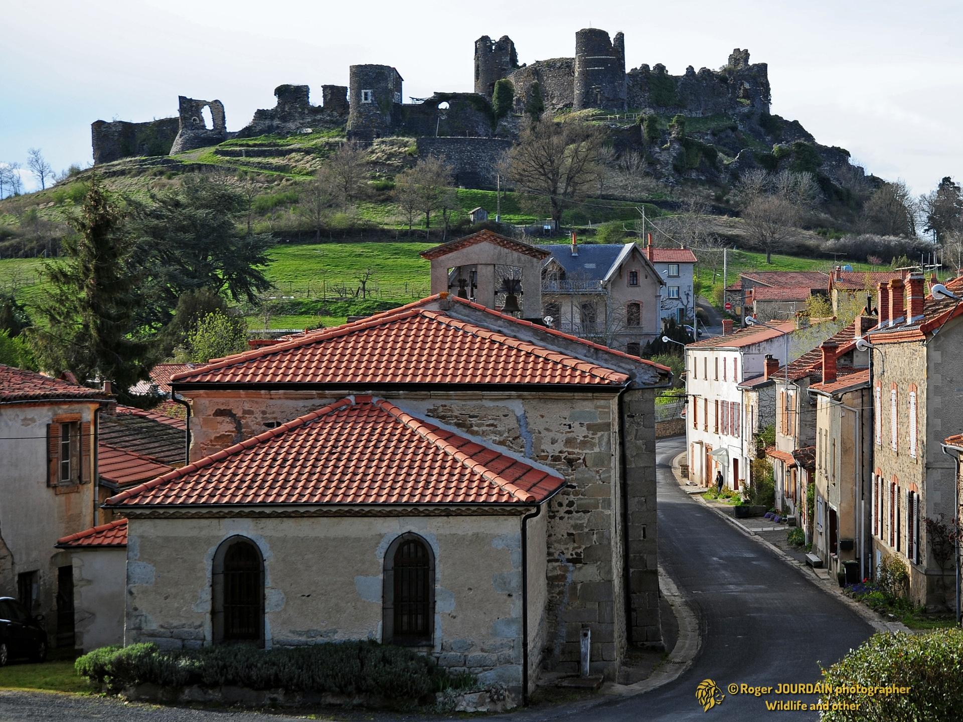 Toscane d'Auvergne ©Roger JOURDAIN - Mauzun
